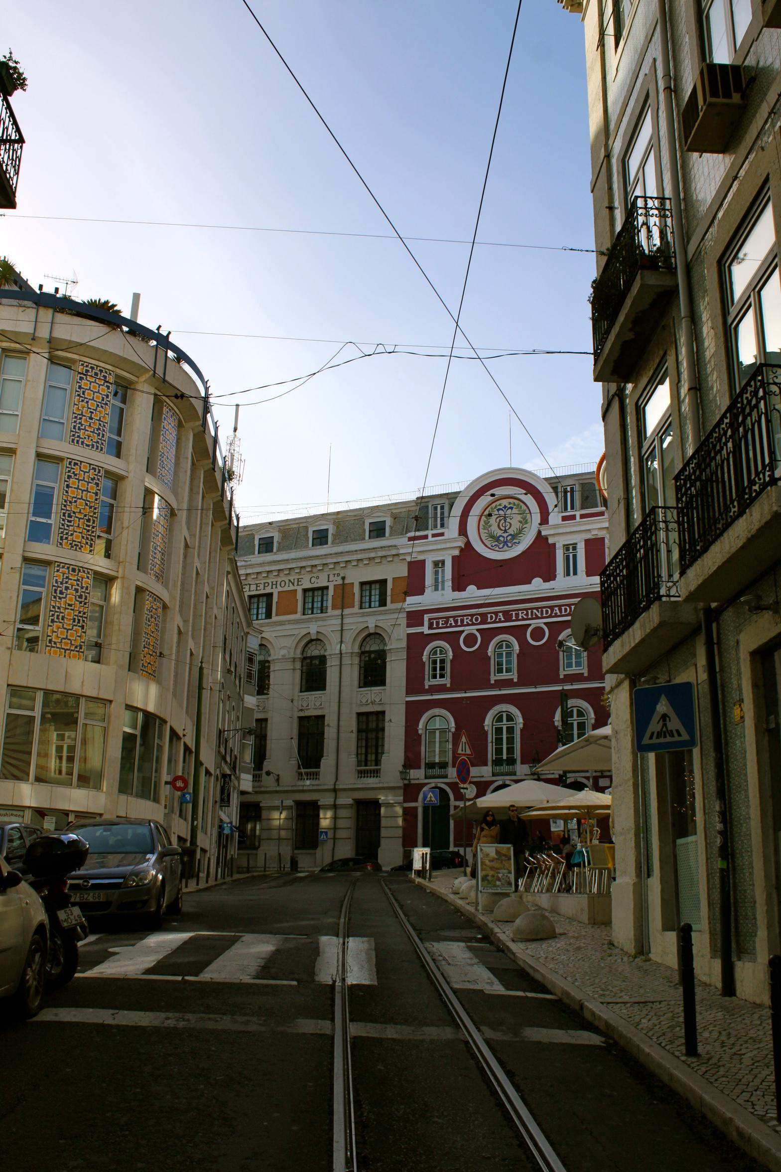 trolley lisbon portugal