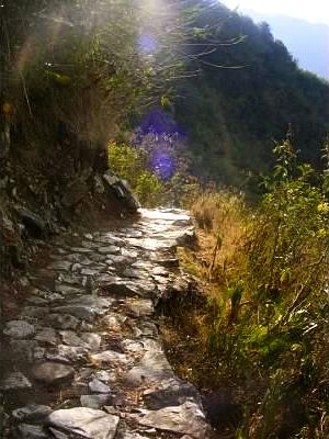inka trail intipunku machu picchu peru