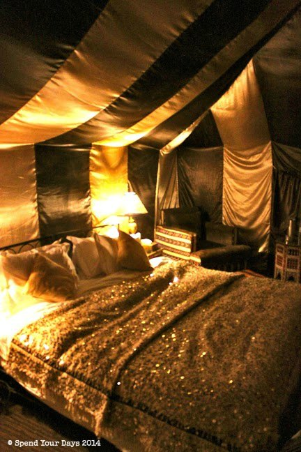 morocco sahara erg chigaga luxury desert camp bedroom
