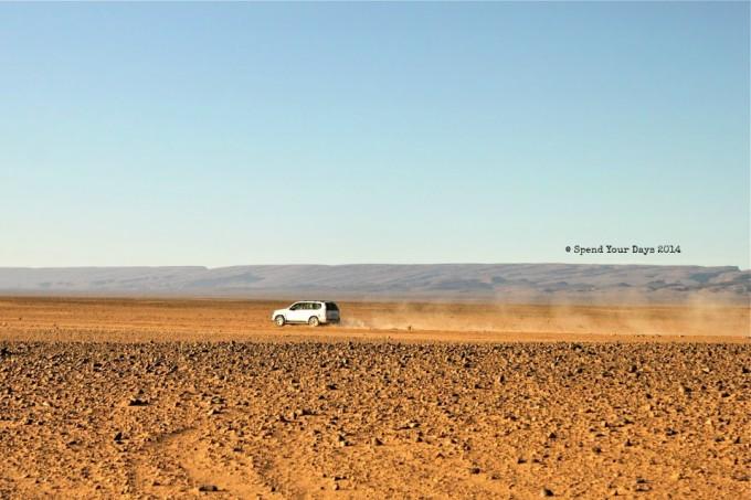 morocco sahara desert drive to erg chigaga