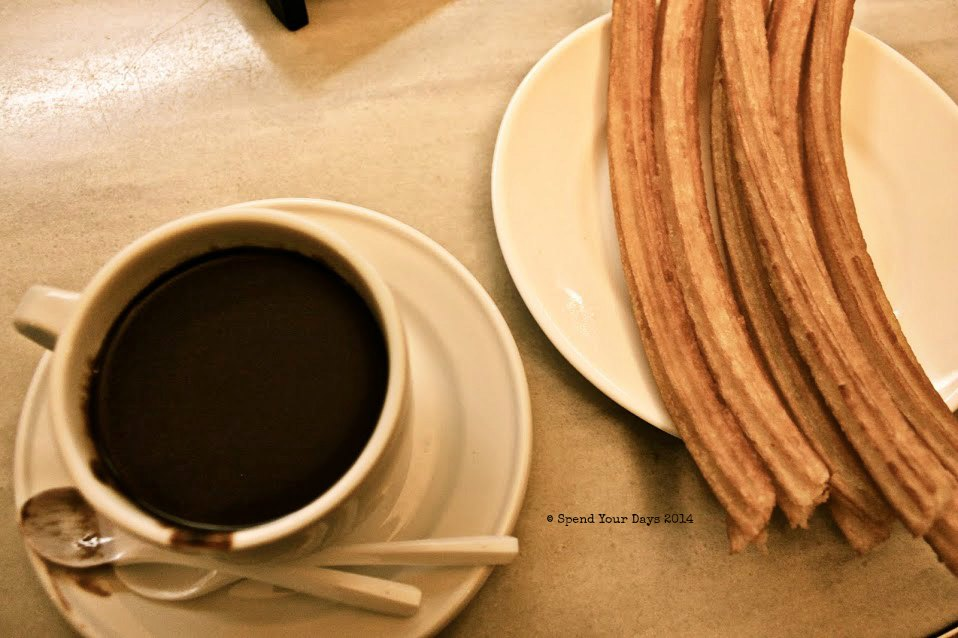 churros chocolateria san gines madrid spain