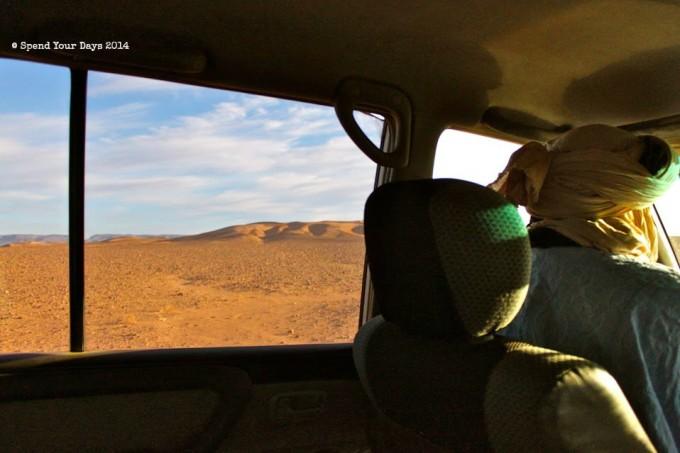 morocco sahara erg chigaga desert drive