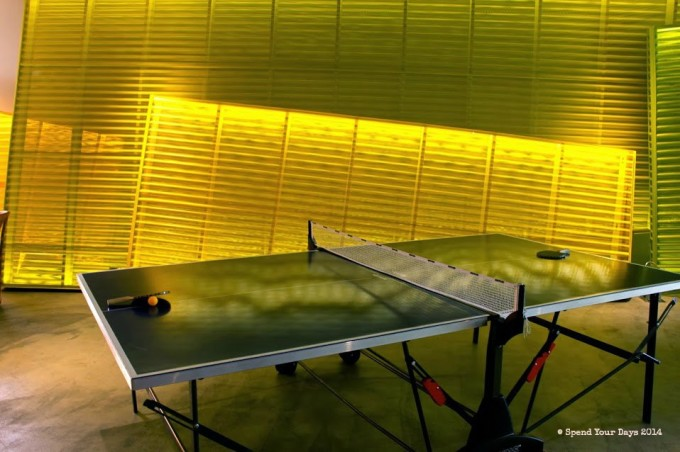 saguaro palm springs ping pong table