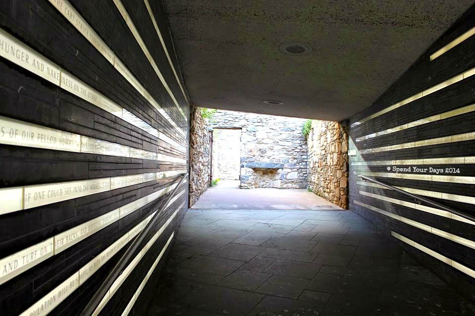 irish hunger memorial new york city