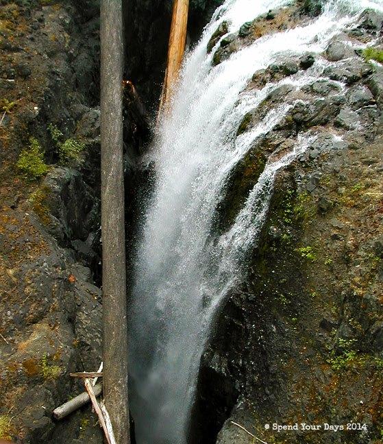 vancouver island british columbia waterfall