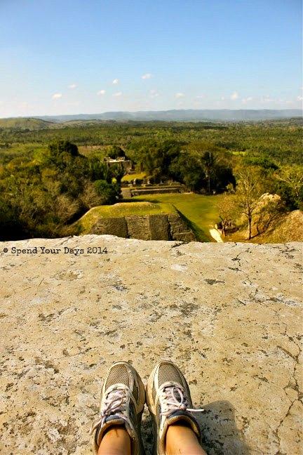 xunantunich belize el castillo view mayan ruin