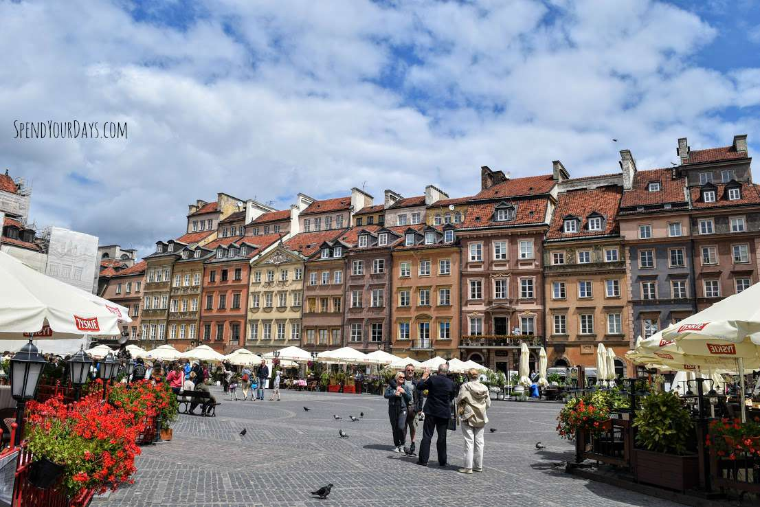 warsaw poland old town square